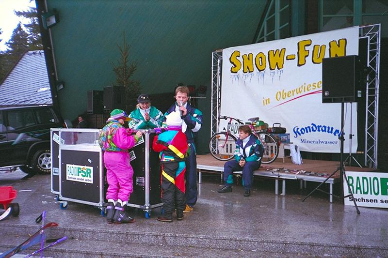 Moderator Gerd Edler beim Snow Fun in Oberwiesenthal