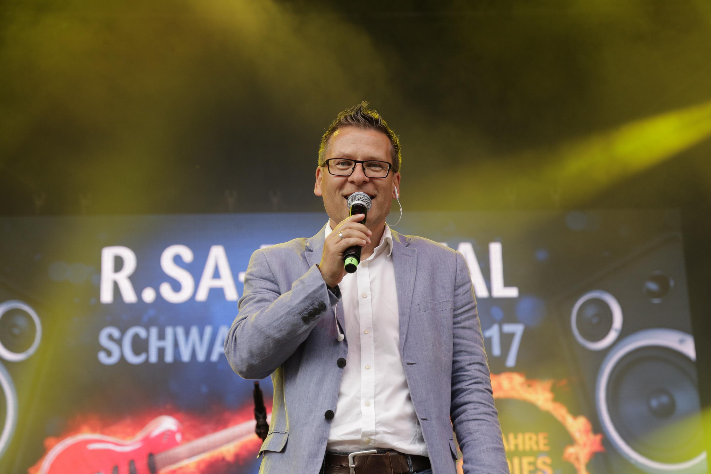 eventmoderator gerd-edler r.sa-festival schwarzenberg